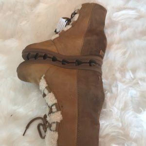 Sorel Shoes - NWT SOREL JOAN OF ARCTIC SHEARLING WEDGE BOOT TAN